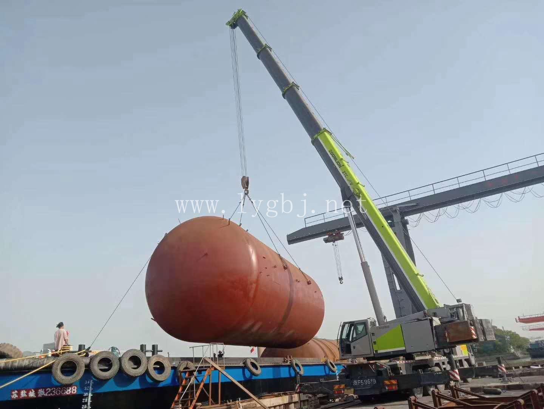 嘉兴600吨油罐吊装施工