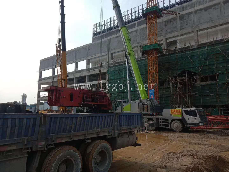 嘉兴900吨汽车吊吊装施工